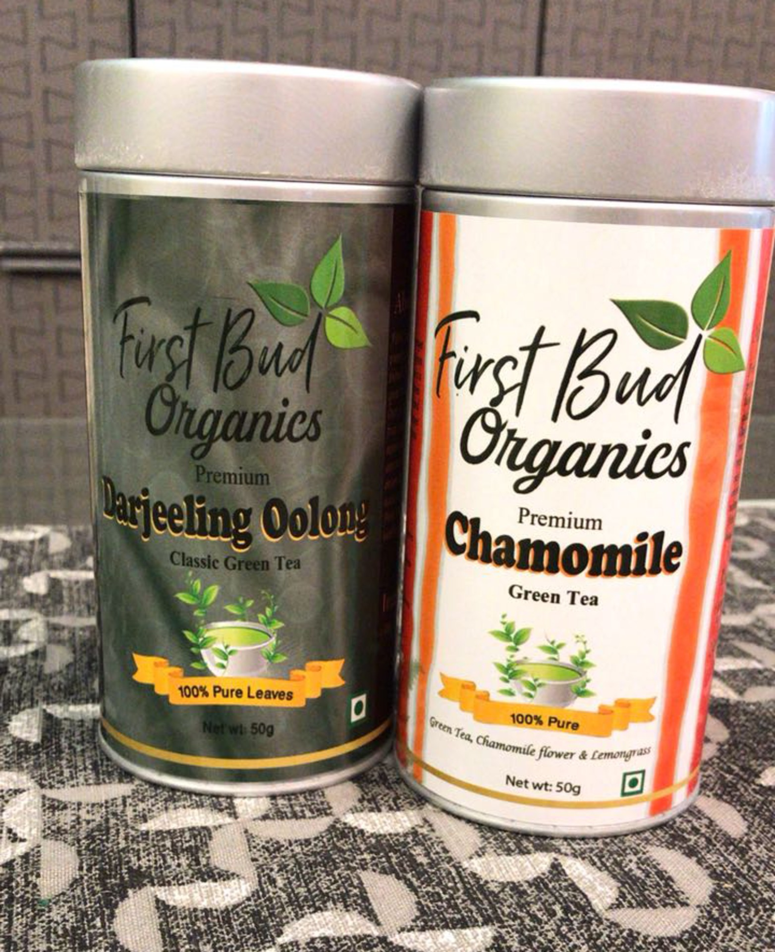 First Bud Organics Darjeeling Oolong and Chamomile Green Tea Review image