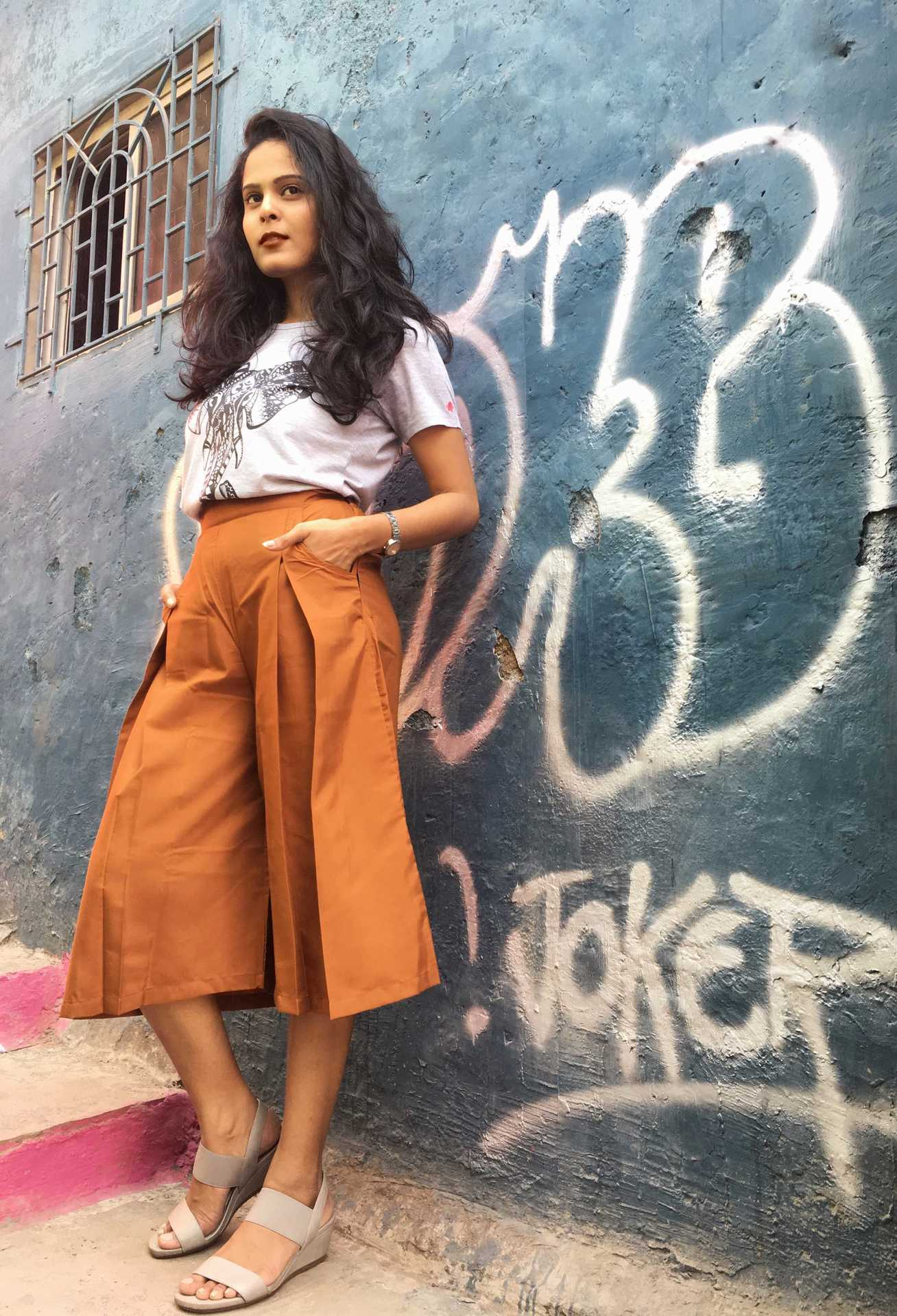 THE GLAM NUT - culottes-with-tshirt-6
