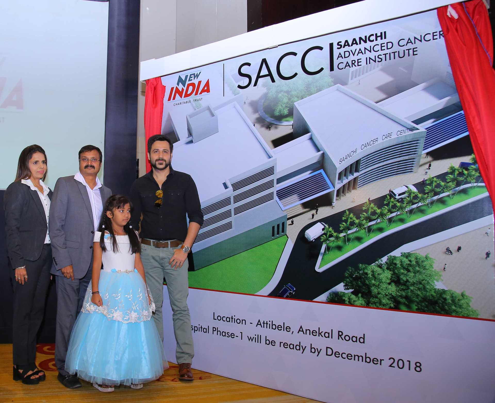 Itika Singh - Vijay Tata with Amrita Tata and Emraan Hashmi at the launch of SACCI