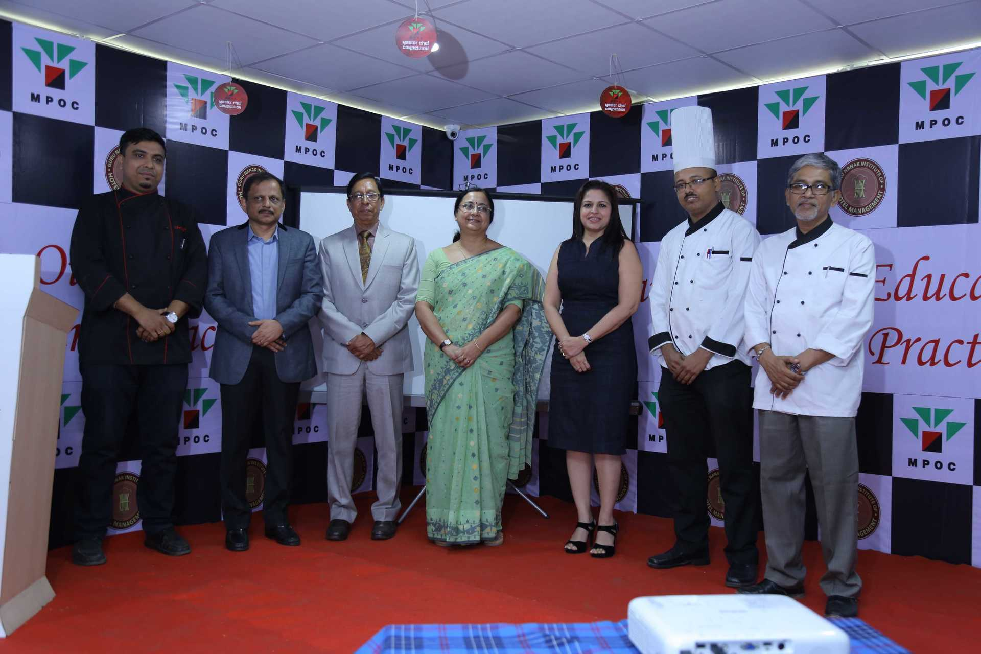 All Things Sassy - Chef Riju Kumar Dey, Dr Rajeev Churi, Principal Xavier Gomes, Prof Mahua Ghosh, Bhavna Shah, Chef Avijit Ray, Chef Mukul Sarkar