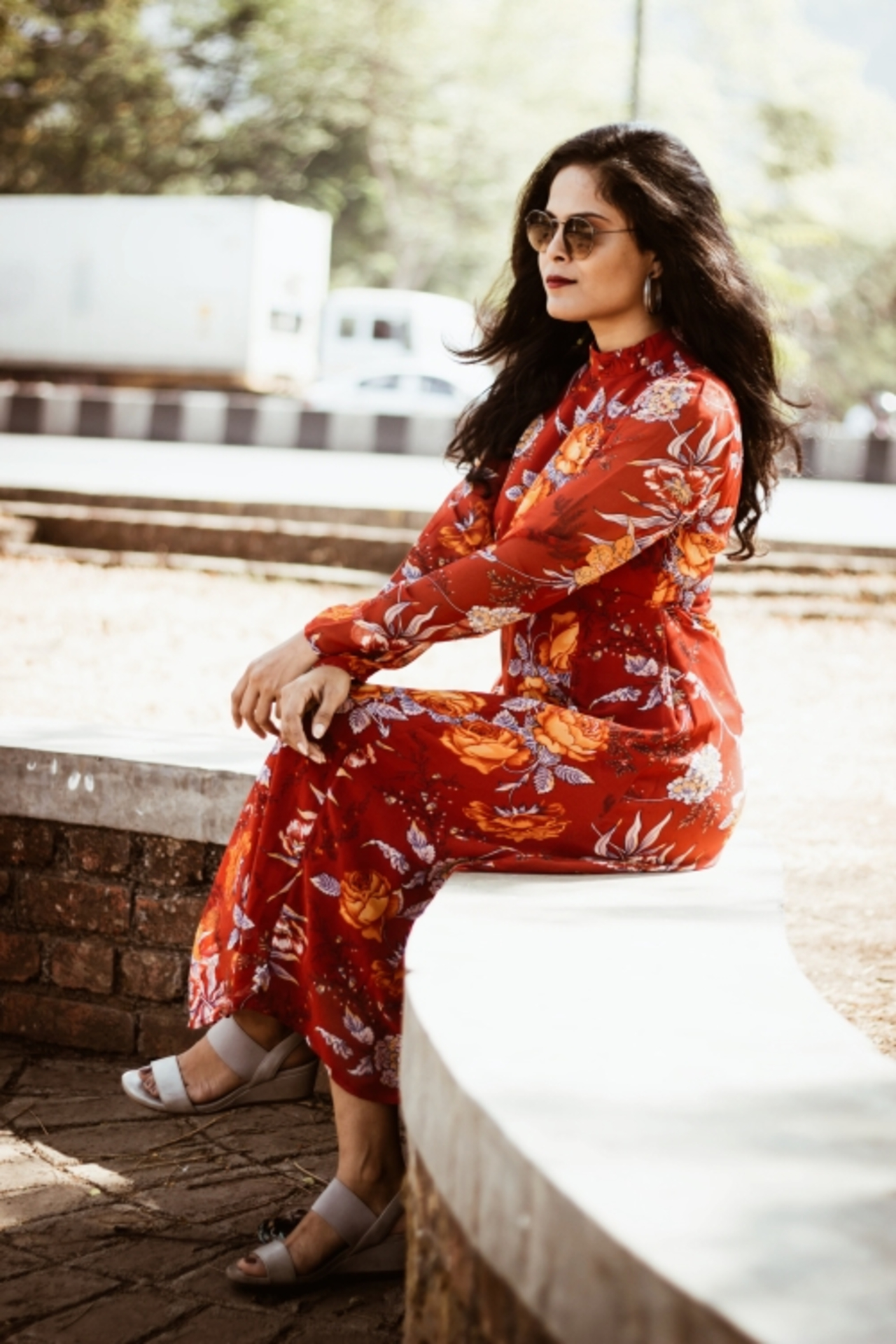 THE GLAM NUT - Floral midi dress 2