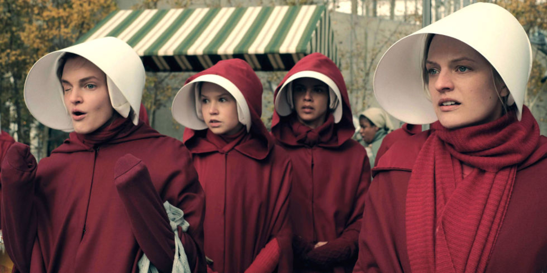 The Dramatic Diva  - landscape-1513180995-handmaids-tale