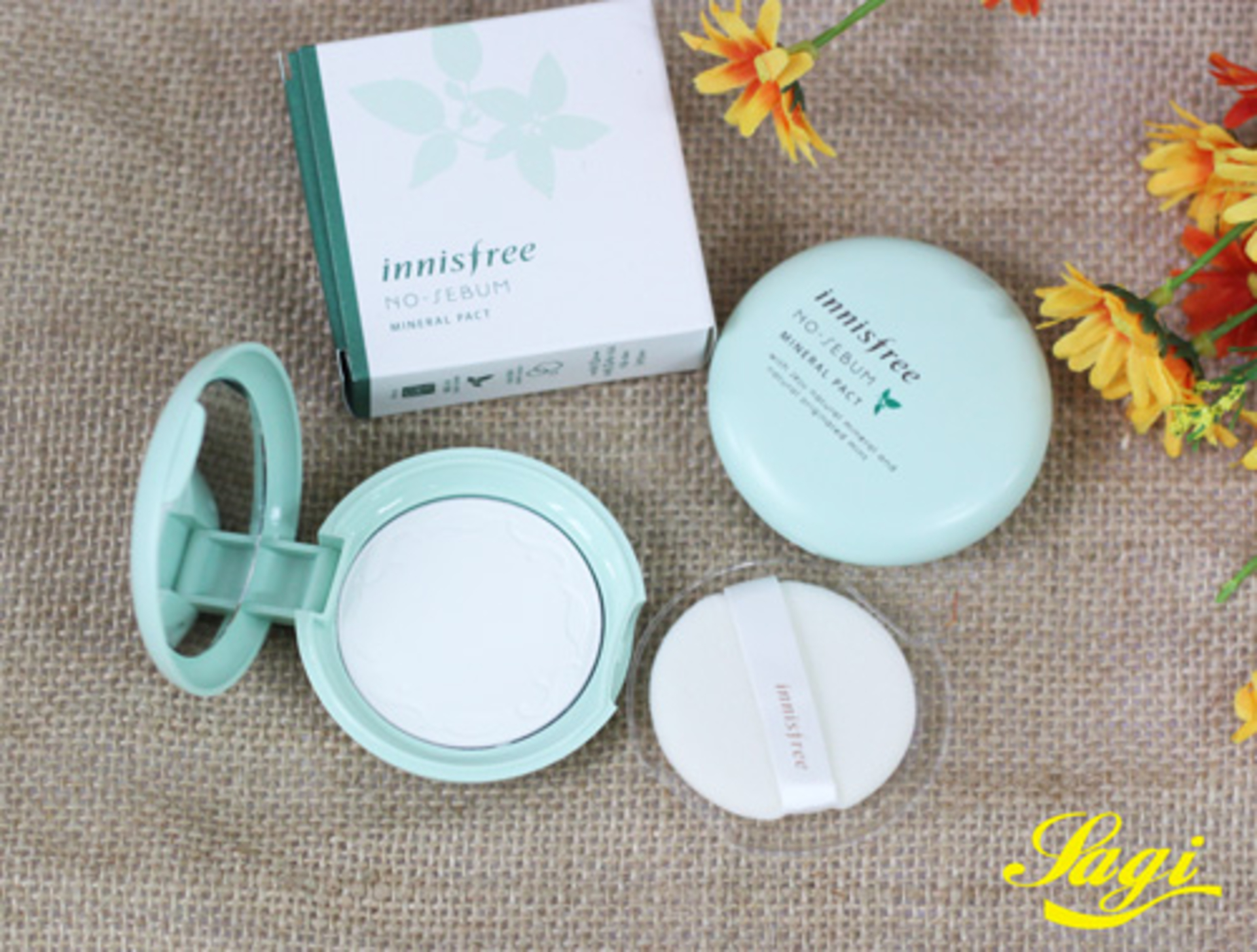 The Dramatic Diva  - phan-innisfree-no-sebum-mineral-pact-1