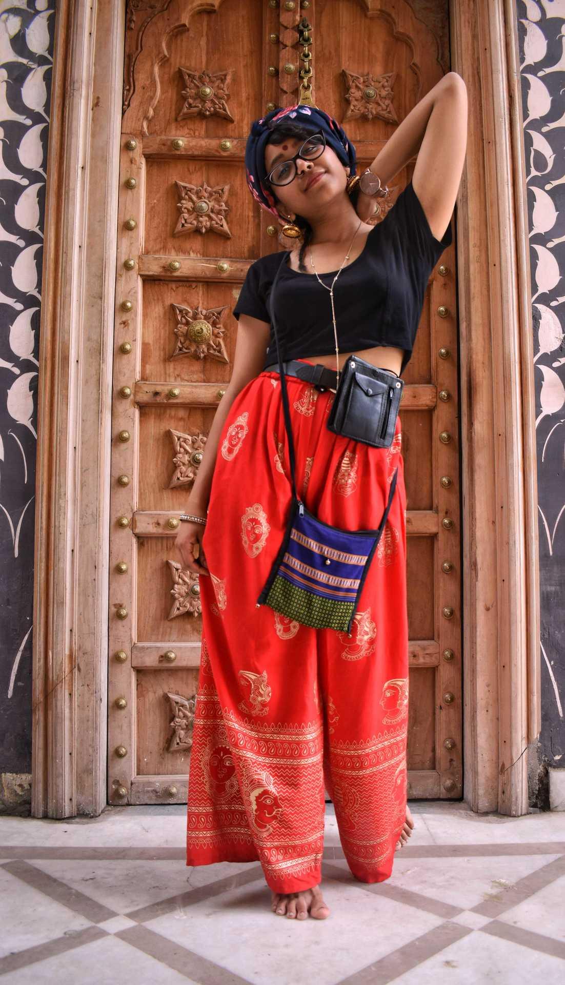 A Desi Praheli - DSC_0887-02