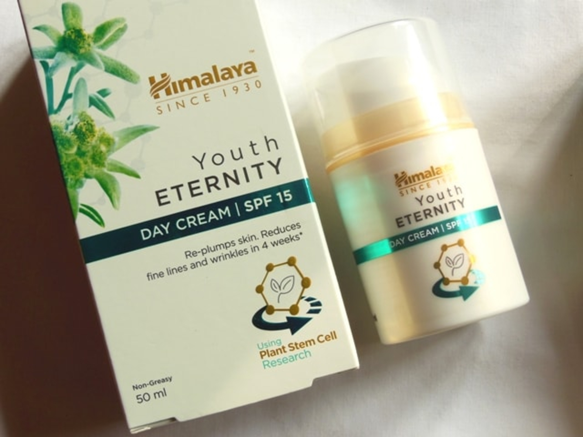 The Moody Vibe - Himalaya-Herbals-Youth-Eternity-Day-Cream
