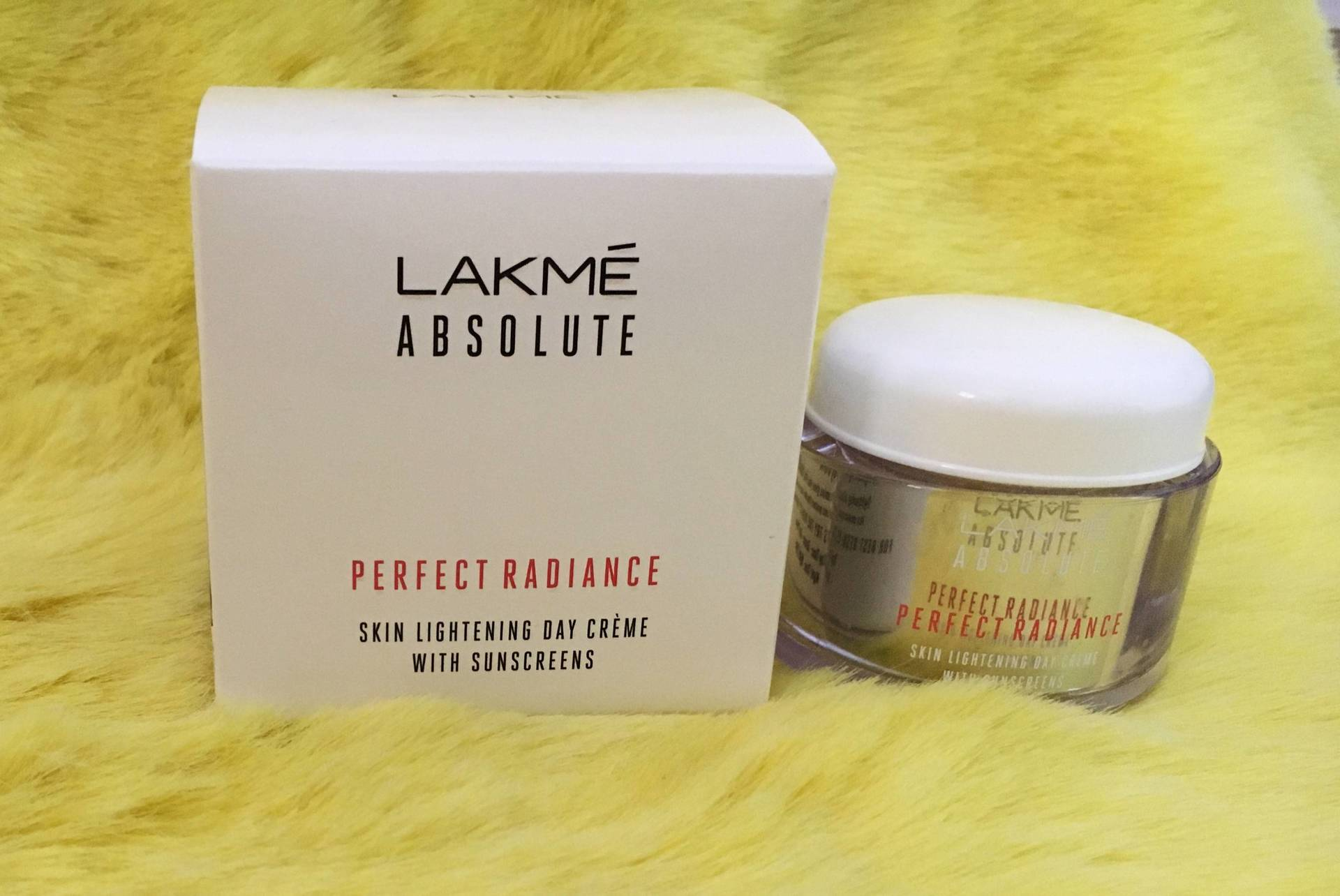 Lakmé Absolute Perfect Radiance Skin Lightening Day Crème: Review, Price  image