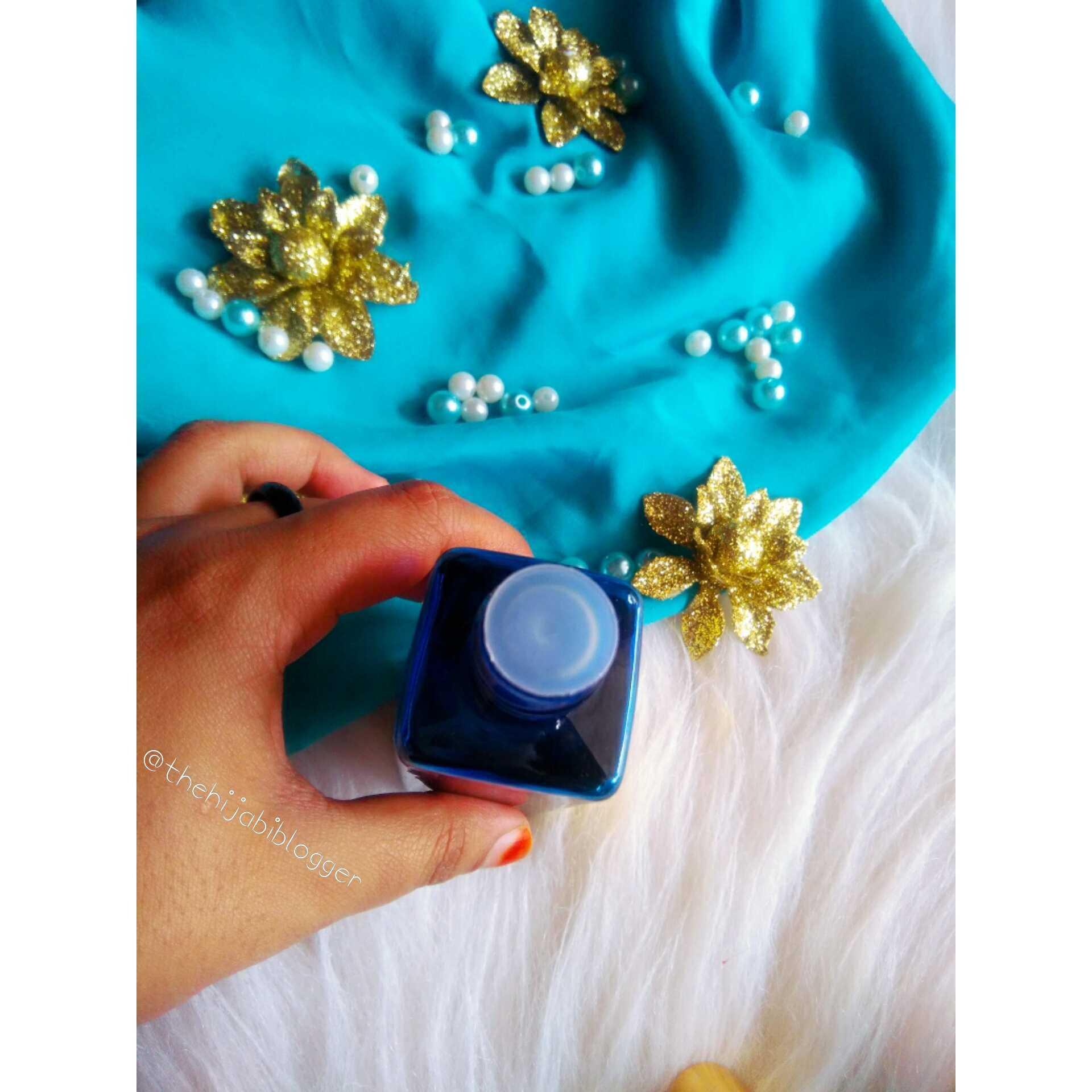 The Hijabi Blogger  - PhotoGrid_1536814445373
