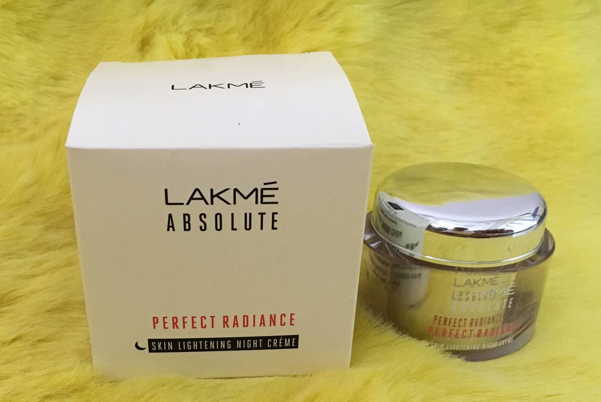 Lakme Absolute  Perfect Radiance Skin Lightening Night Cream: Review, Price  image