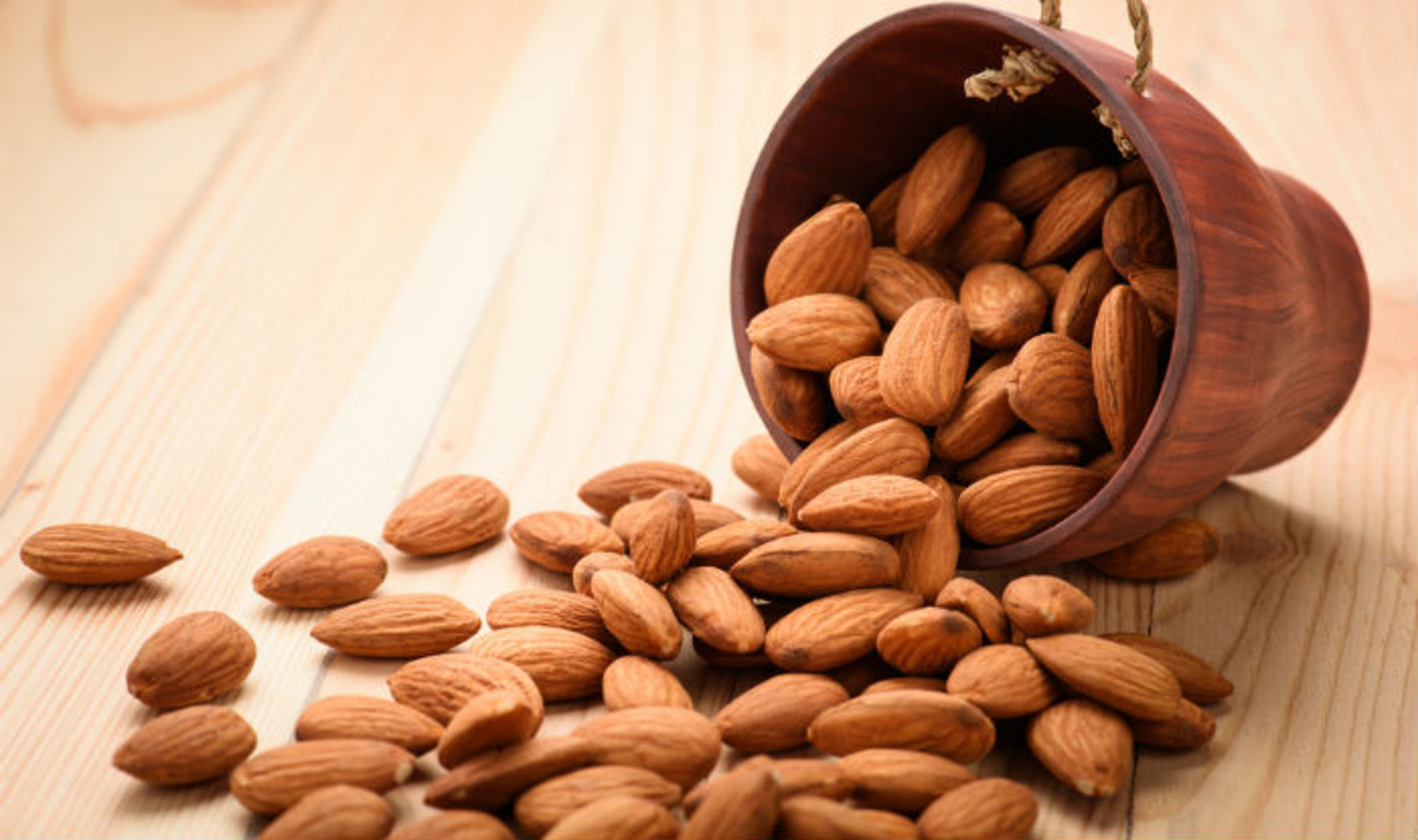 _Girlinskinnyfit_ - Almonds