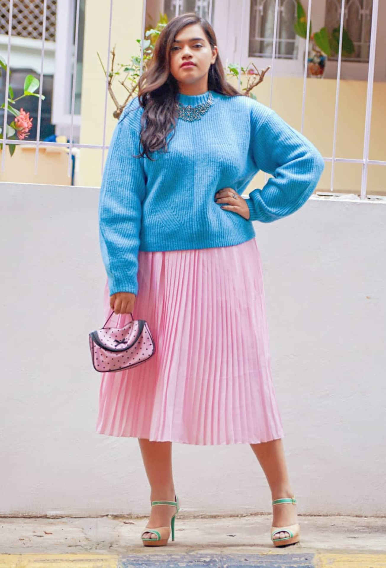 Tips to Look Beautiful In Pastels this Winter! image