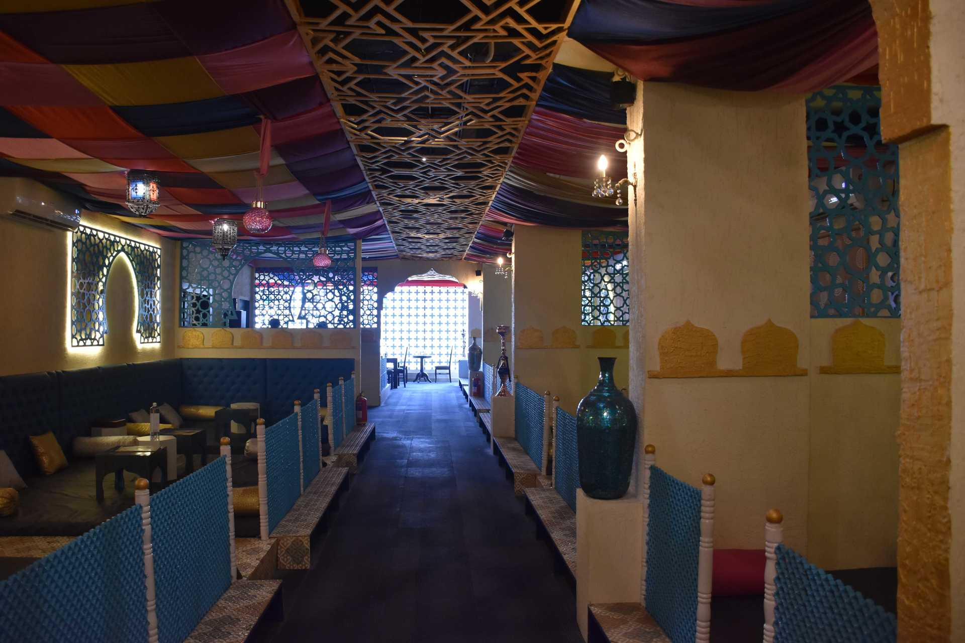 With A Beautiful Arabian Setting, This Place Serves Amazing Arabian Cuisine image