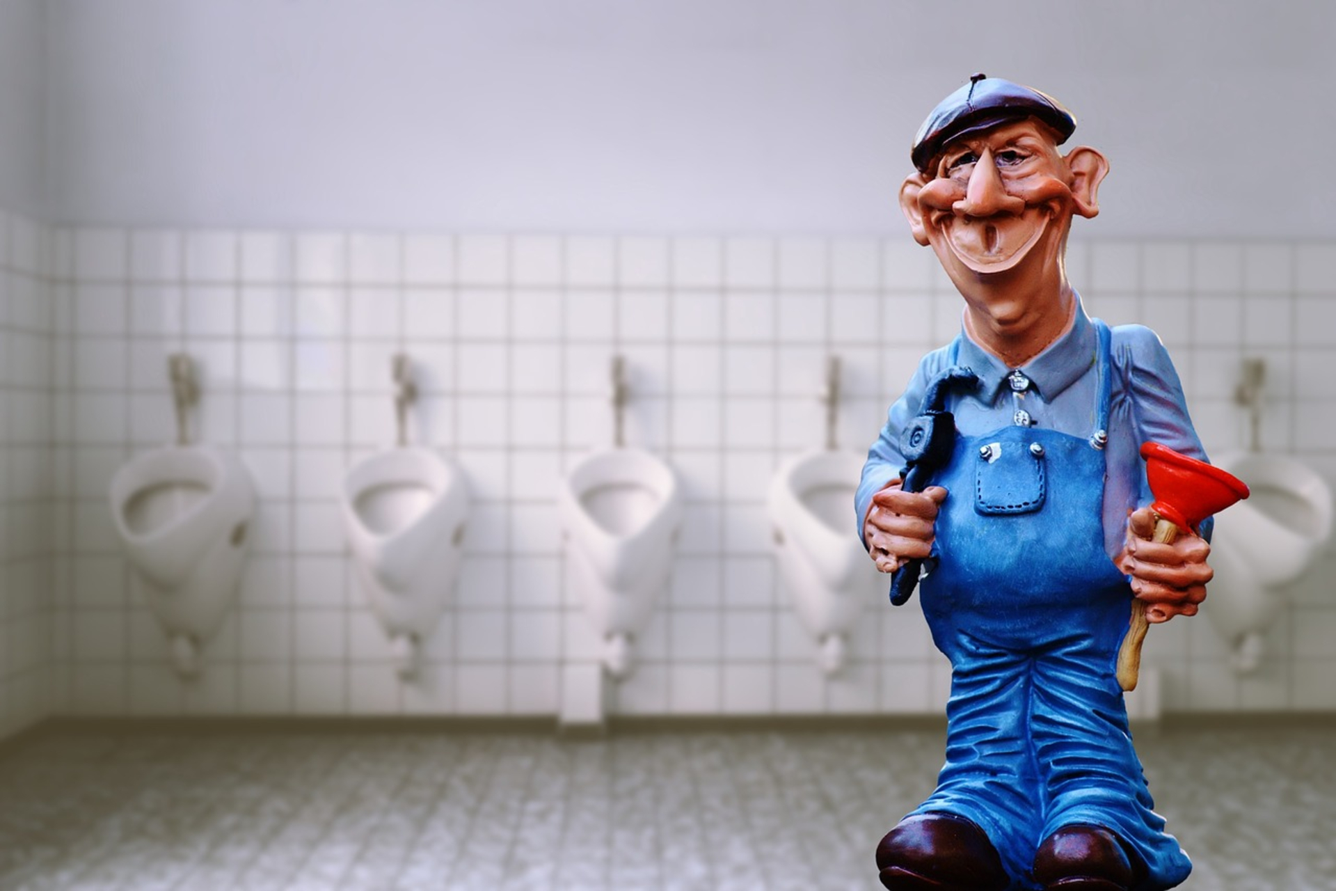 4 Things to Consider When Choosing a Plumber image