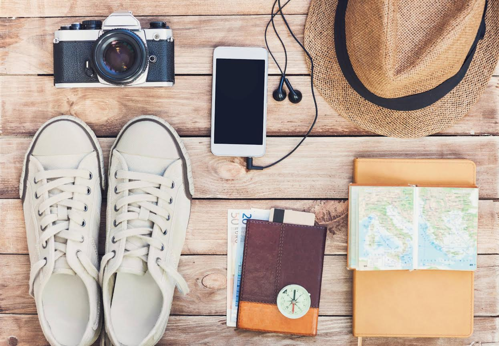 5 Important Things to Pack When Traveling Overseas image