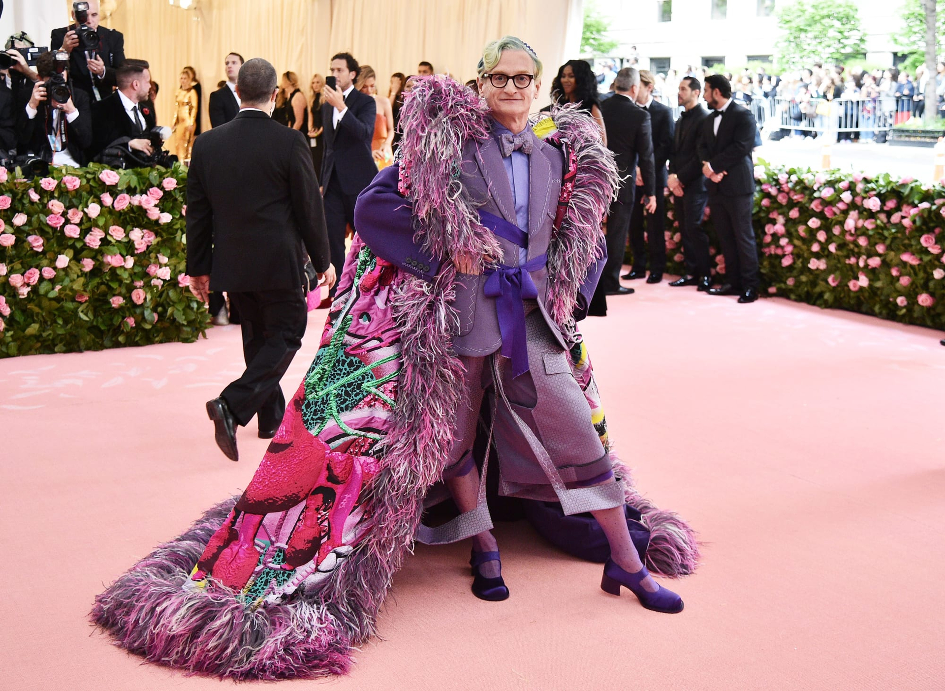 Of Wheres And Wears - hamish-bowles-met-gala
