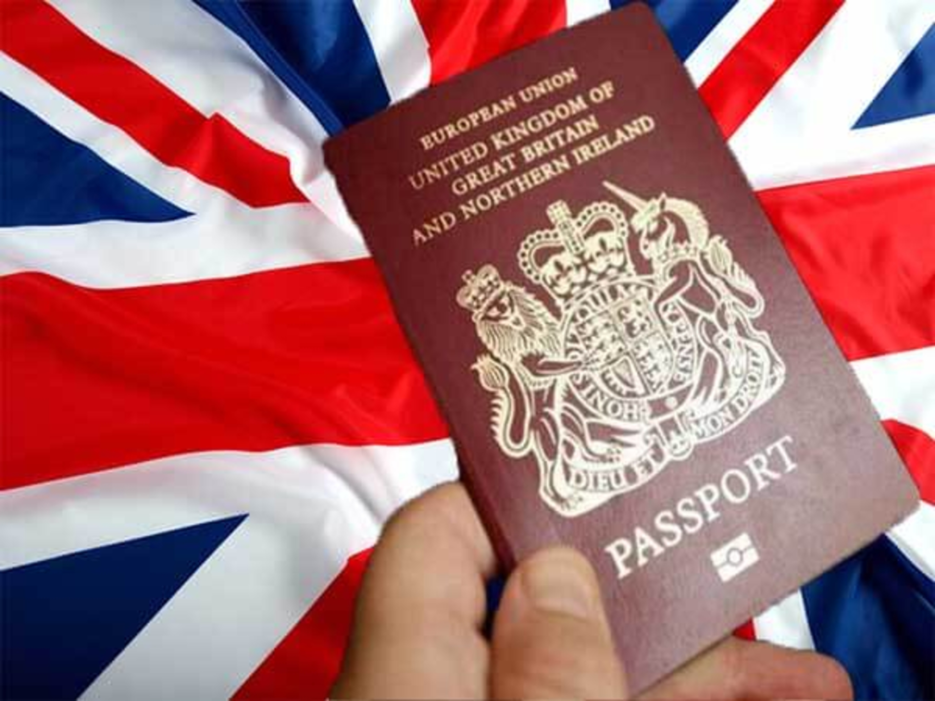 Zoom The World - uk-immigration-fees