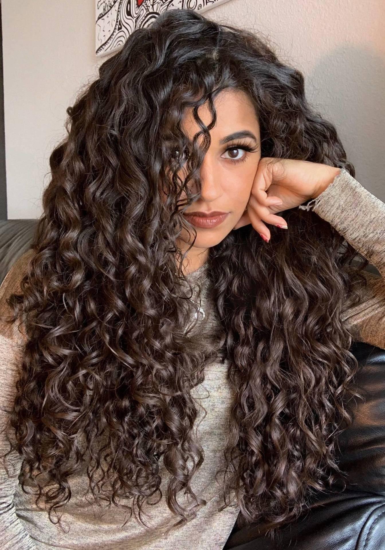 Goddess of Curls // Spisha image