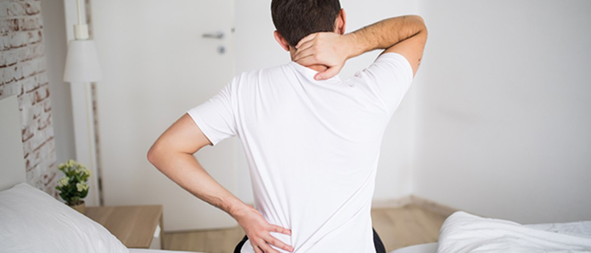 Neck Soreness: Remedies, Causes and Treatments image