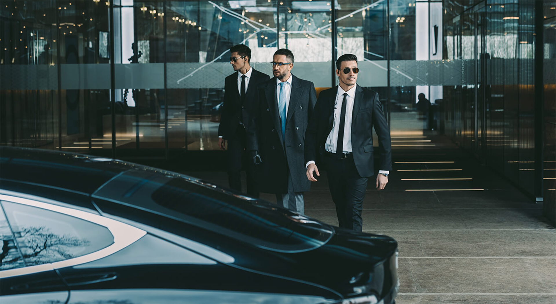 4 Essential Questions to Ask When Hiring a Bodyguard for You image