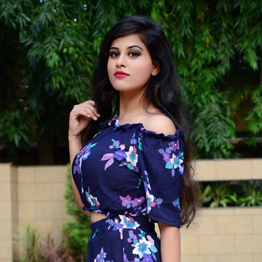 Nikita Sinha  Profile Pic