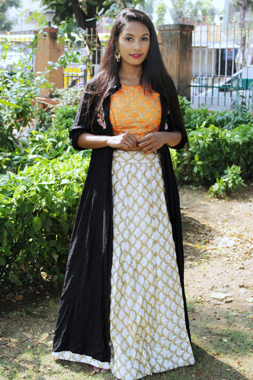 Ankitautekar-WHAT TO DO WITH YOUR HEAVY LEHENGA?