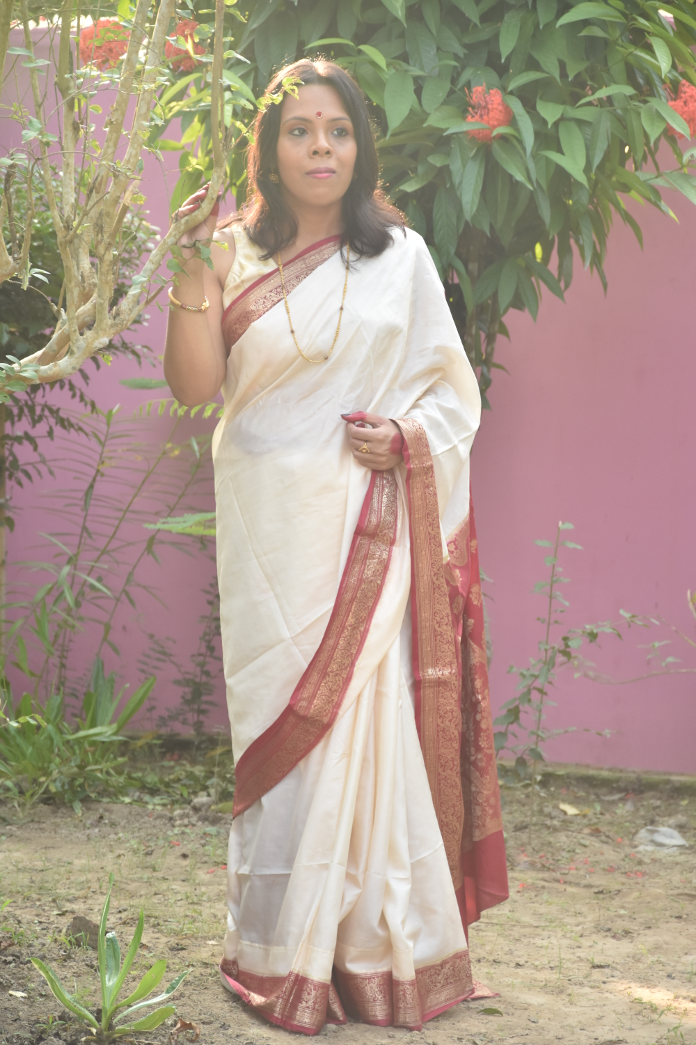 fashionistaspeaks-DURGA PUJA IS ONE OF THOSE OCCASIONS THAT GIVES ME AN OPPORTUNITY TO WEAR SAREE
