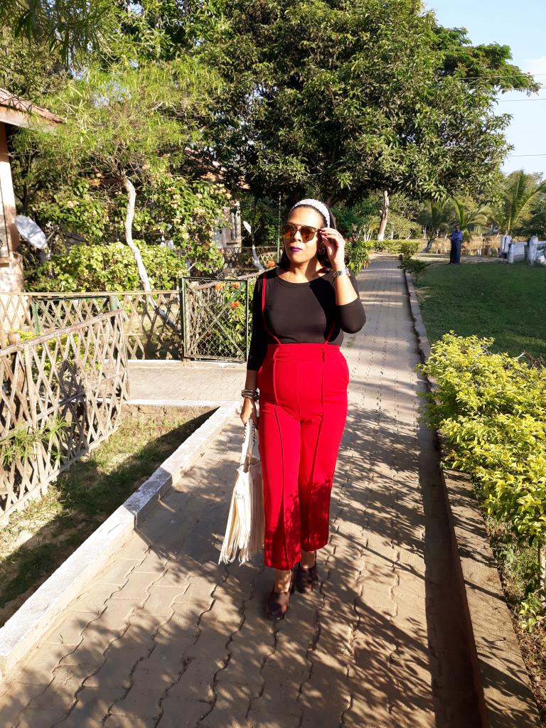 fashionistaspeaks-AUTMN AND RED