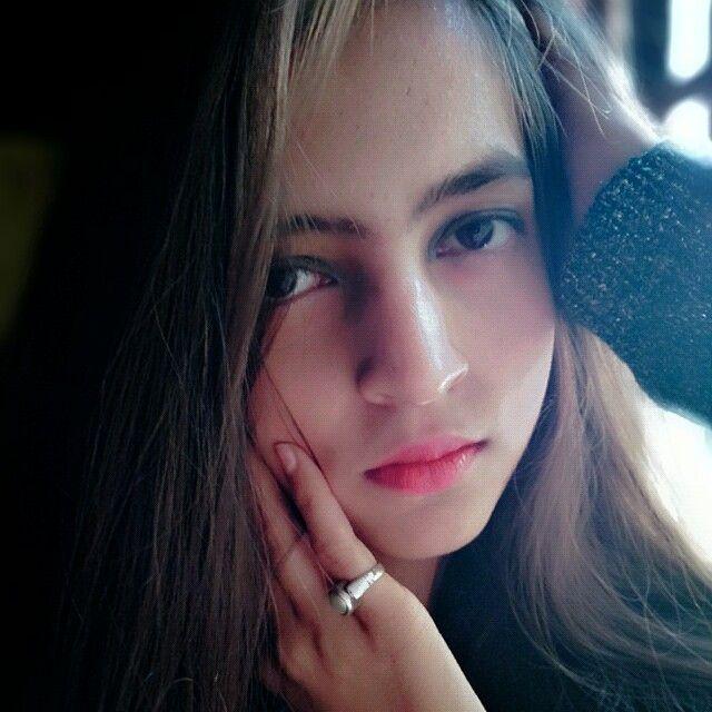 Shikha Singh profile pic