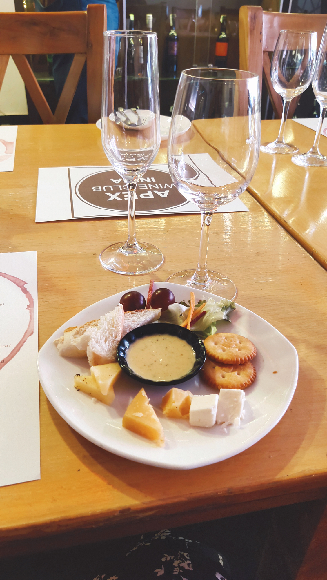 Purnis Food Blog-Wine tasting And pairing event at wiggly wine